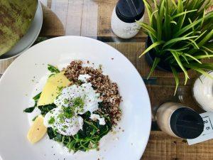 quinoa recept, Quinoa s avokádom a vajíčkom – rýchly a chutný recept