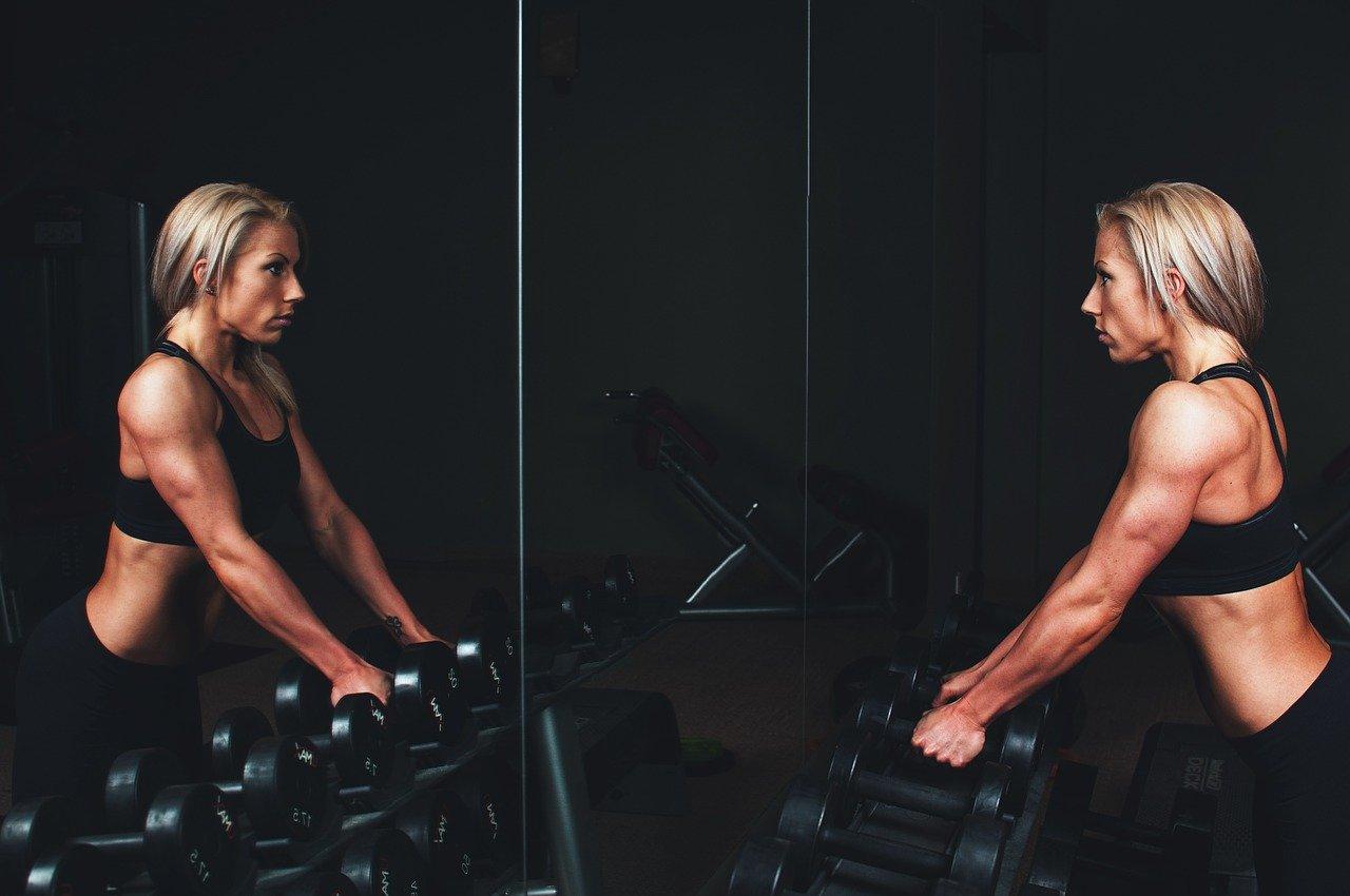 bielkoviny pri cvičení, Bielkoviny pri cvičení – treba sa ich báť?