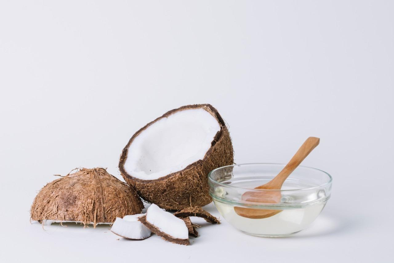 kokosový olej, Kokosový olej: 10 tipov, ako ho využiť nielen vkuchyni